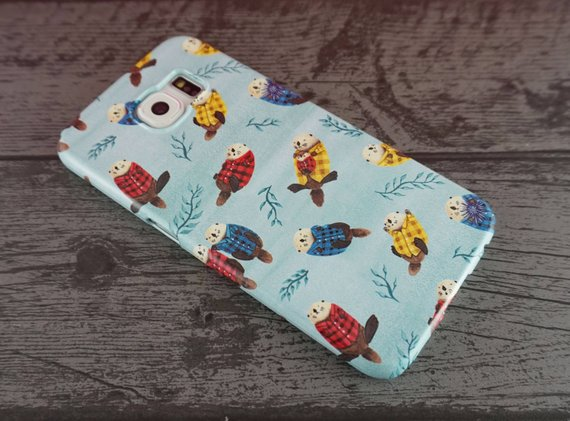Otters in plaid shirts android case