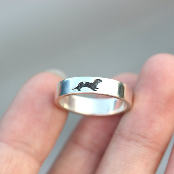 Engraved Otter Ring in Sterling Silver